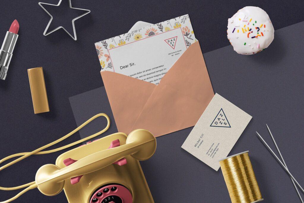 邀请函贺卡场景模型样机效果图下载Greeting Card Envelope Mockups插图