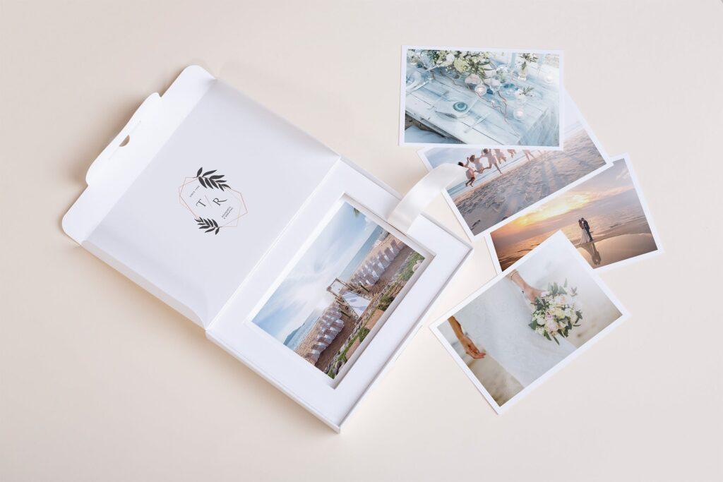 文艺精致旅游纪念相片盒模型样机Photo Box Mock Up P2FNJ8D插图