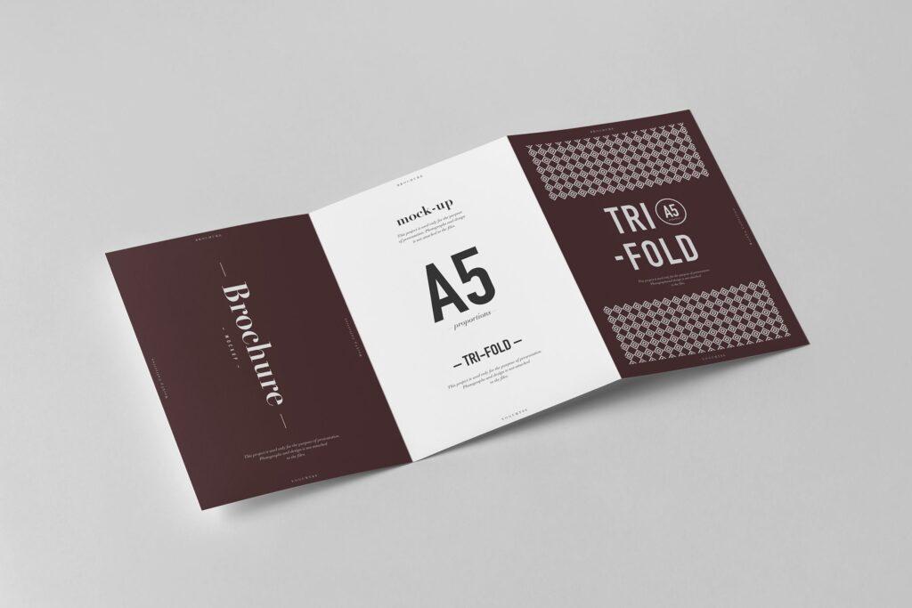 三折A5小册子模型素材模板样机下载Tri Fold A5 Brochure Mock up 2插图