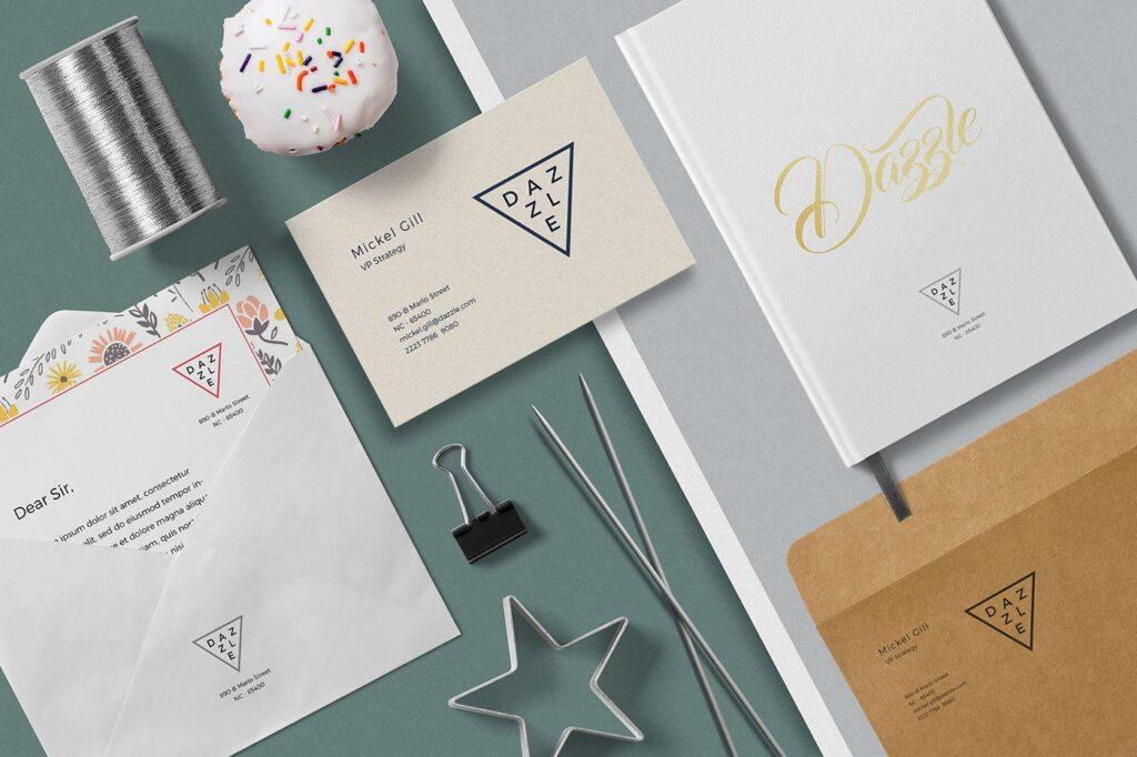 邀请函贺卡场景模型样机效果图下载Greeting Card Envelope Mockups插图(1)