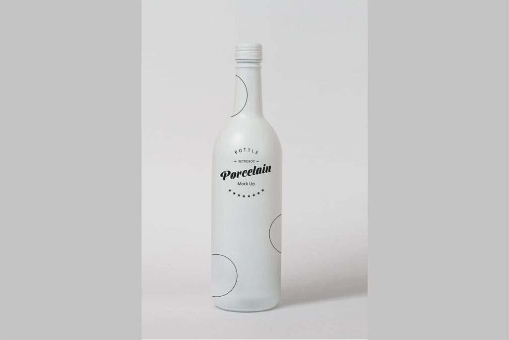 精致白色瓷瓶模型样机效果图Porcelain Bottle Mock Up插图