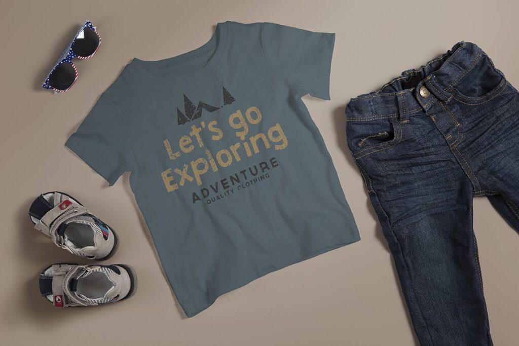 现实照片水手领儿童t恤实物模型样机素材Crew Neck Tshirt Mockup Kids Version插图(2)
