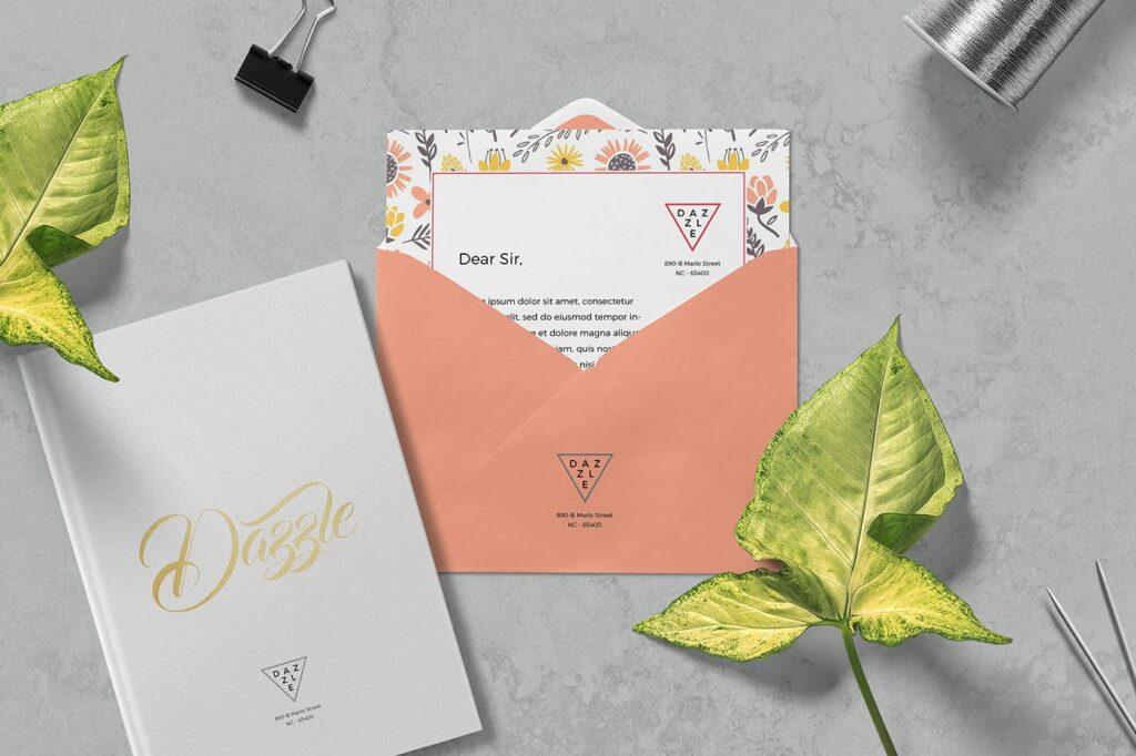 邀请函贺卡场景模型样机效果图下载Greeting Card Envelope Mockups插图(2)