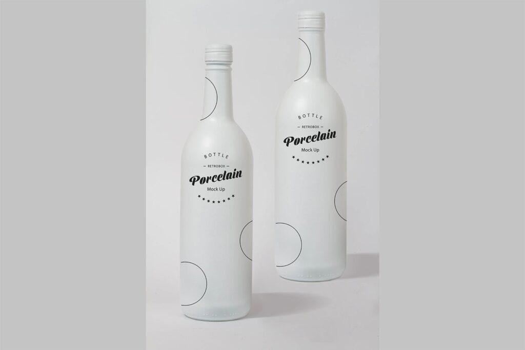 精致白色瓷瓶模型样机效果图Porcelain Bottle Mock Up插图(1)