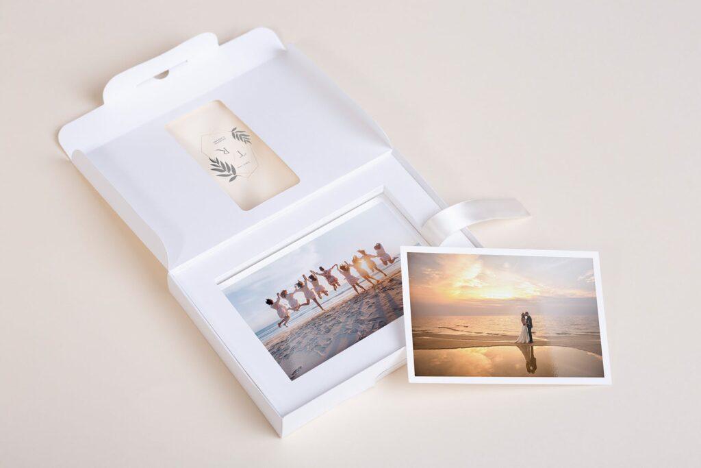 文艺精致旅游纪念相片盒模型样机Photo Box Mock Up P2FNJ8D插图(3)