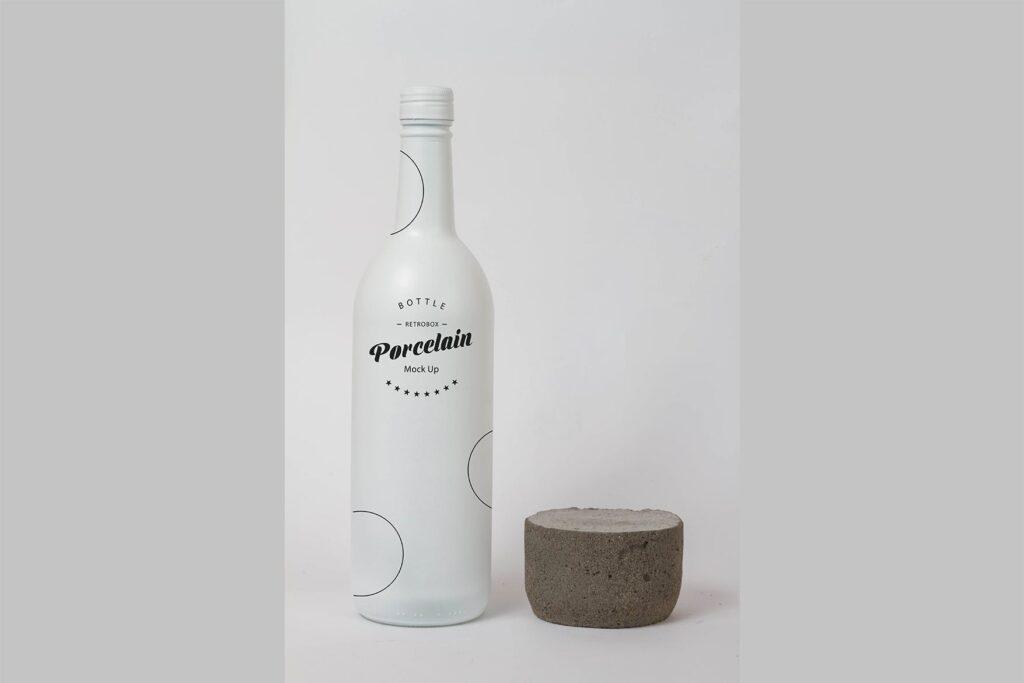 精致白色瓷瓶模型样机效果图Porcelain Bottle Mock Up插图(3)