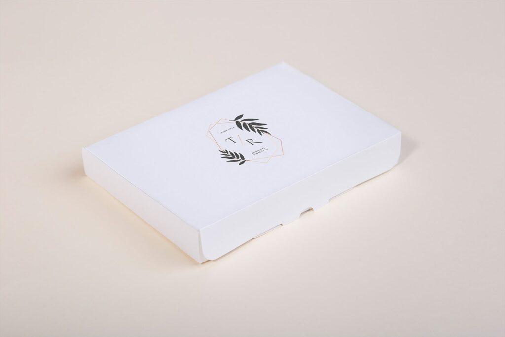 文艺精致旅游纪念相片盒模型样机Photo Box Mock Up P2FNJ8D插图(6)