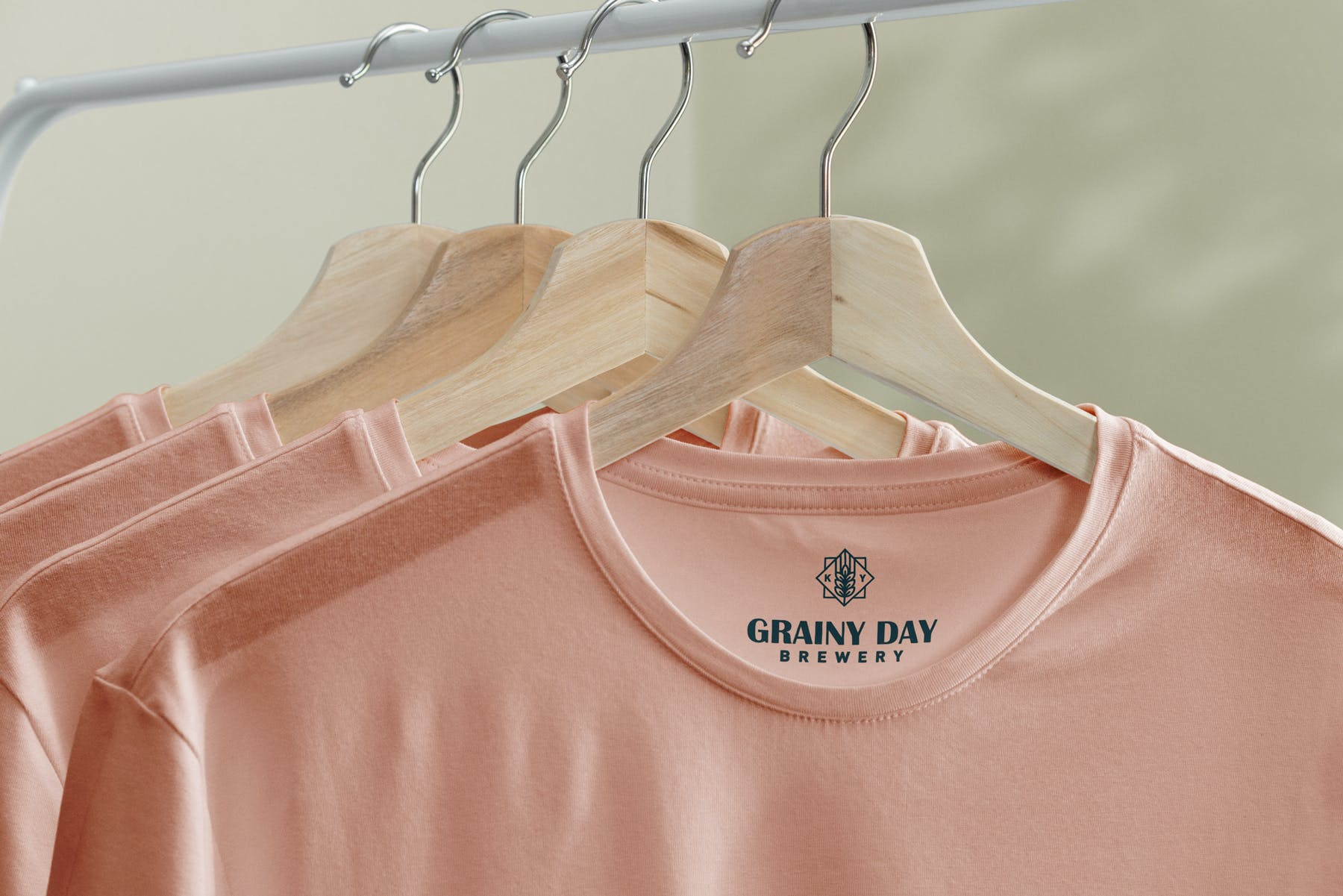 简约衣架T恤样机模型素材下载EG7YRL5插图(1)